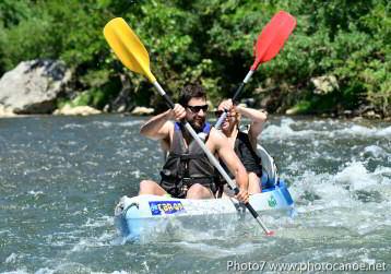 Descente de l'Ardèche en canoë ou kayak, en 2 jours départ de sampzon en sud Ardèche