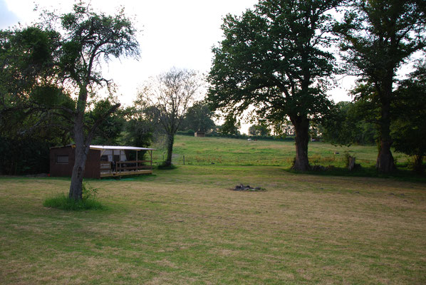 L'aire de camping et le mobile home