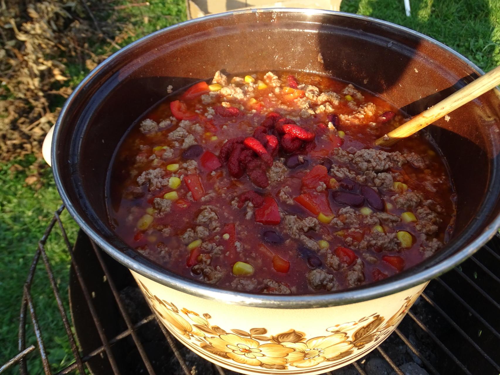 Köstliches Chili con Carne am zweiten Abend!