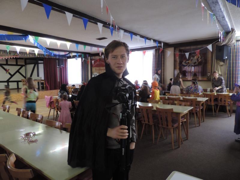 Felix, Videoredakteur von Think Big, ist extra aus Berlin angereist, um ein Video über die Veranstaltung und die IHADG zu drehen