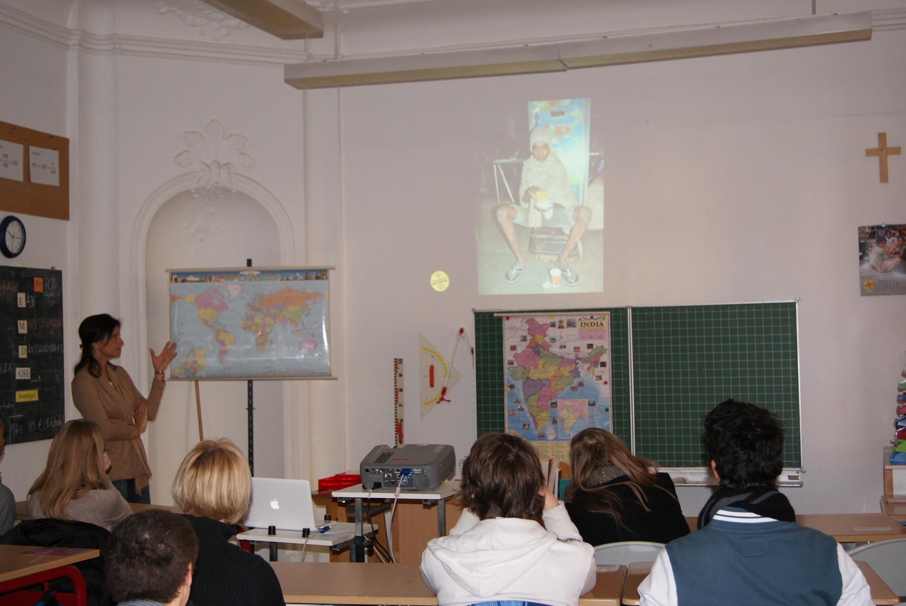 Schulbesuch: FriendCircle WorldHelp e.V. stellt seine Arbeit vor