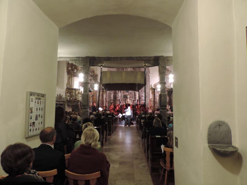 """Auch der """"Hausherr"""", Pfarrer Martin Wissel, begrüßte die Gäste"""