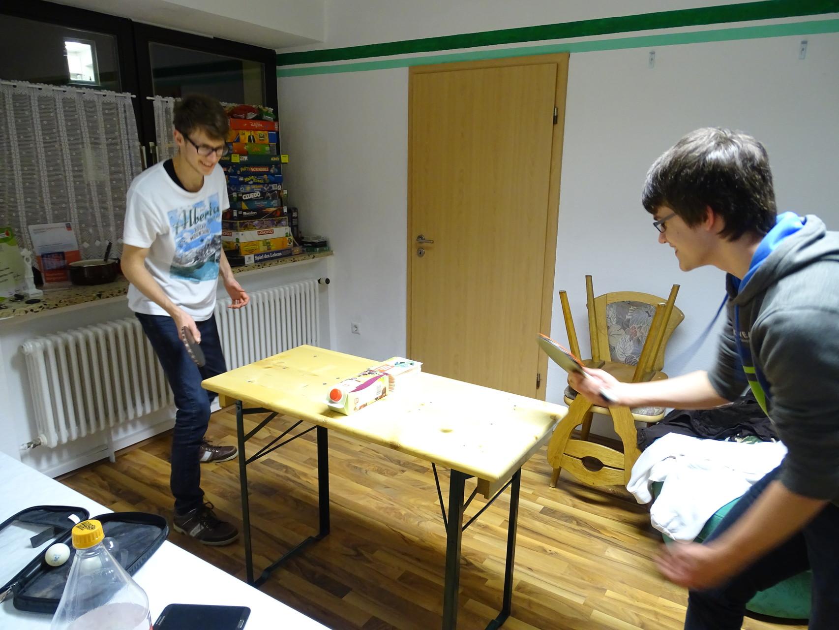 Mini-Tischtennis - sehr empfehlenswert! :)