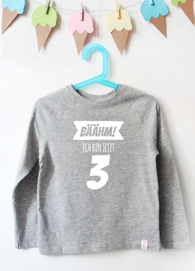 Geburtstag Langarmshirt | Bäähm! 3 Jahre - grau & weiß