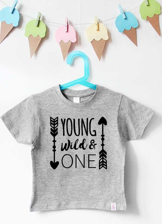 Geburtstagsshirt | young wild & one - grau & schwarz