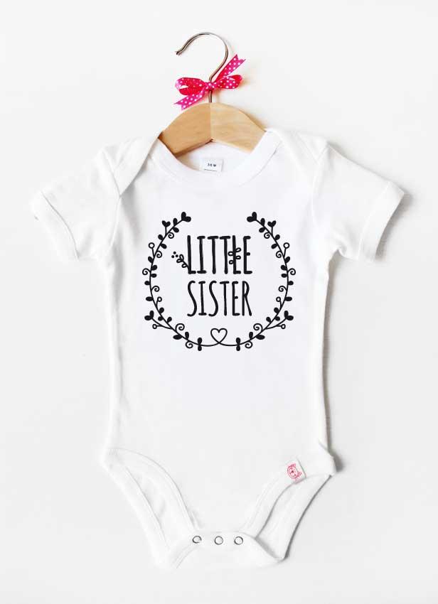 Geschwister Kollektion | Baby Body - Blumenranke little sister - weiß & schwarz