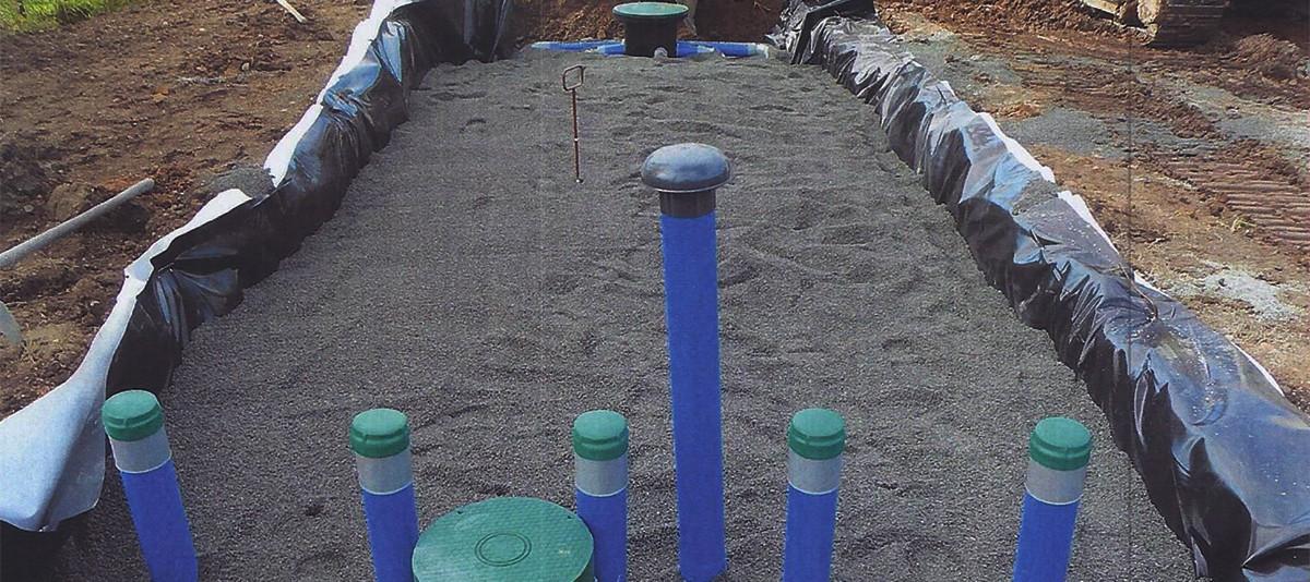 Assainissement individuel ENVIROSEPTIC - conduites ES recouvertes par 10 cm de sable