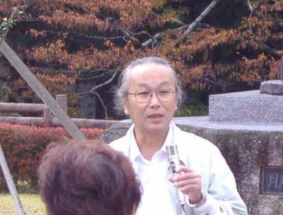 熱く優しくオオサンショウウオを語る栃本所長