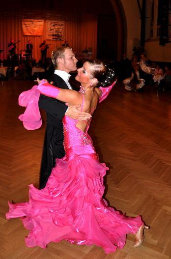 Oliver Klepsch + Jennifer Woska  Std HGR S / Lat HGR B