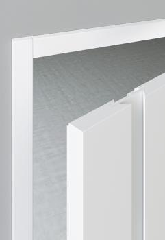 Das besondere Hauptmerkmal für diese Tür aus der Modellserie Look ist die durchgehende Griffleiste