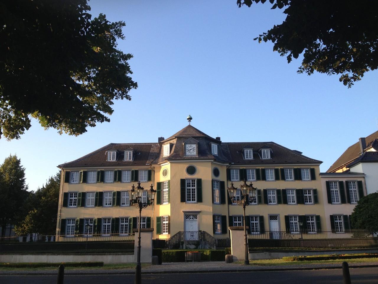 Emejing Herrenhaus 12 Jahrhundert Modernen Hotel Ideas ...