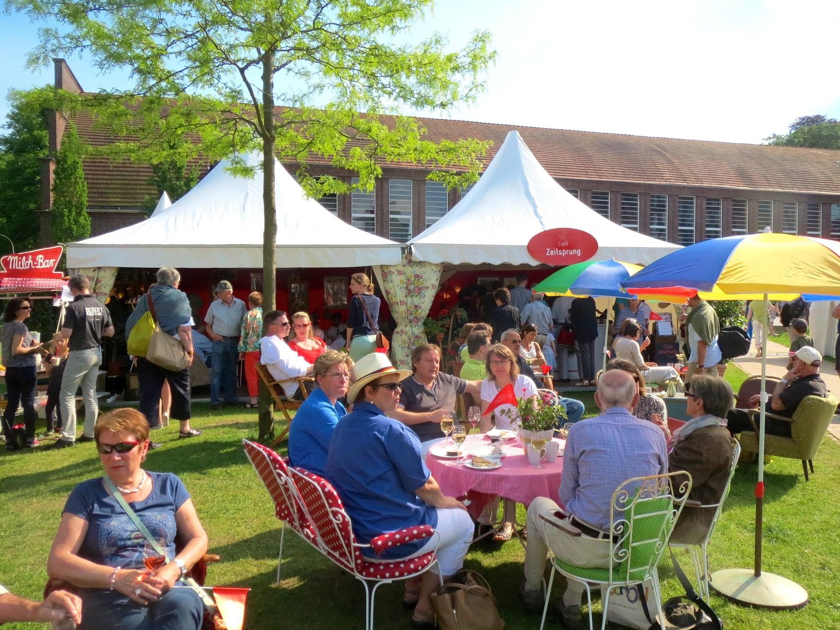 Cafè Zeitsprung bei den Hansetagen in Lübeck  Mai 2014