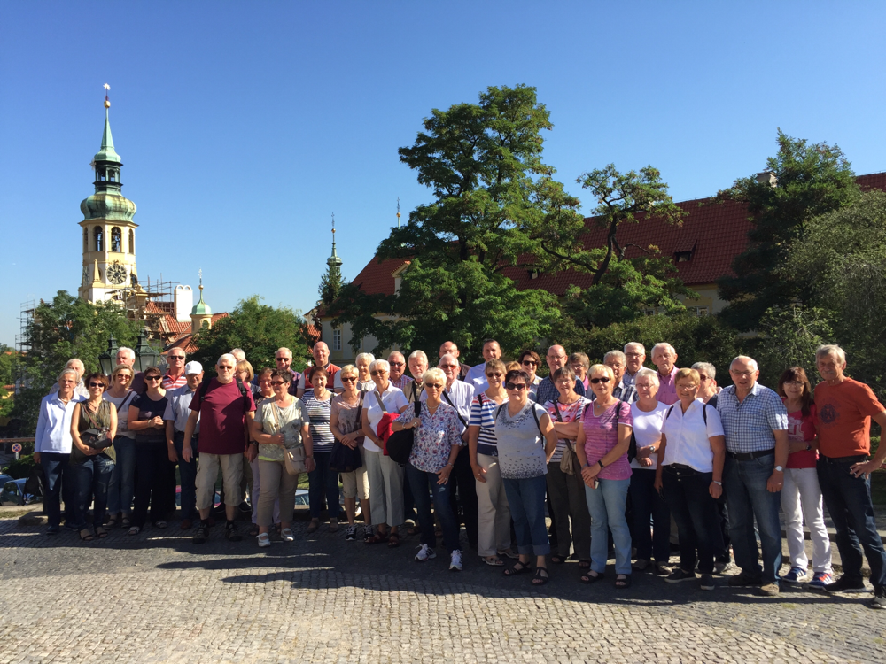 Bürgerfahrt 2016 - vor der Lorettokirche