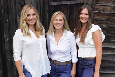 "Claudia Hummelbrunner gründete mit Tochter Teresa die Singleplattform ""Anbandlerei"""