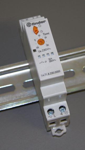 Trappenhuisautomaat met mechanische override (knop bovenaan)