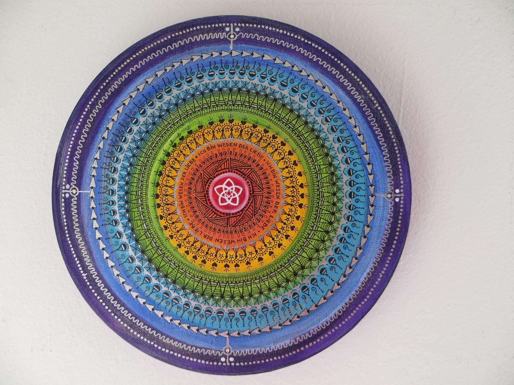 Durchmesser 30cm und viele, viele Stunden der Entstehung :)