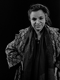 EMMANUELLE DEMORIS / réalisatrice