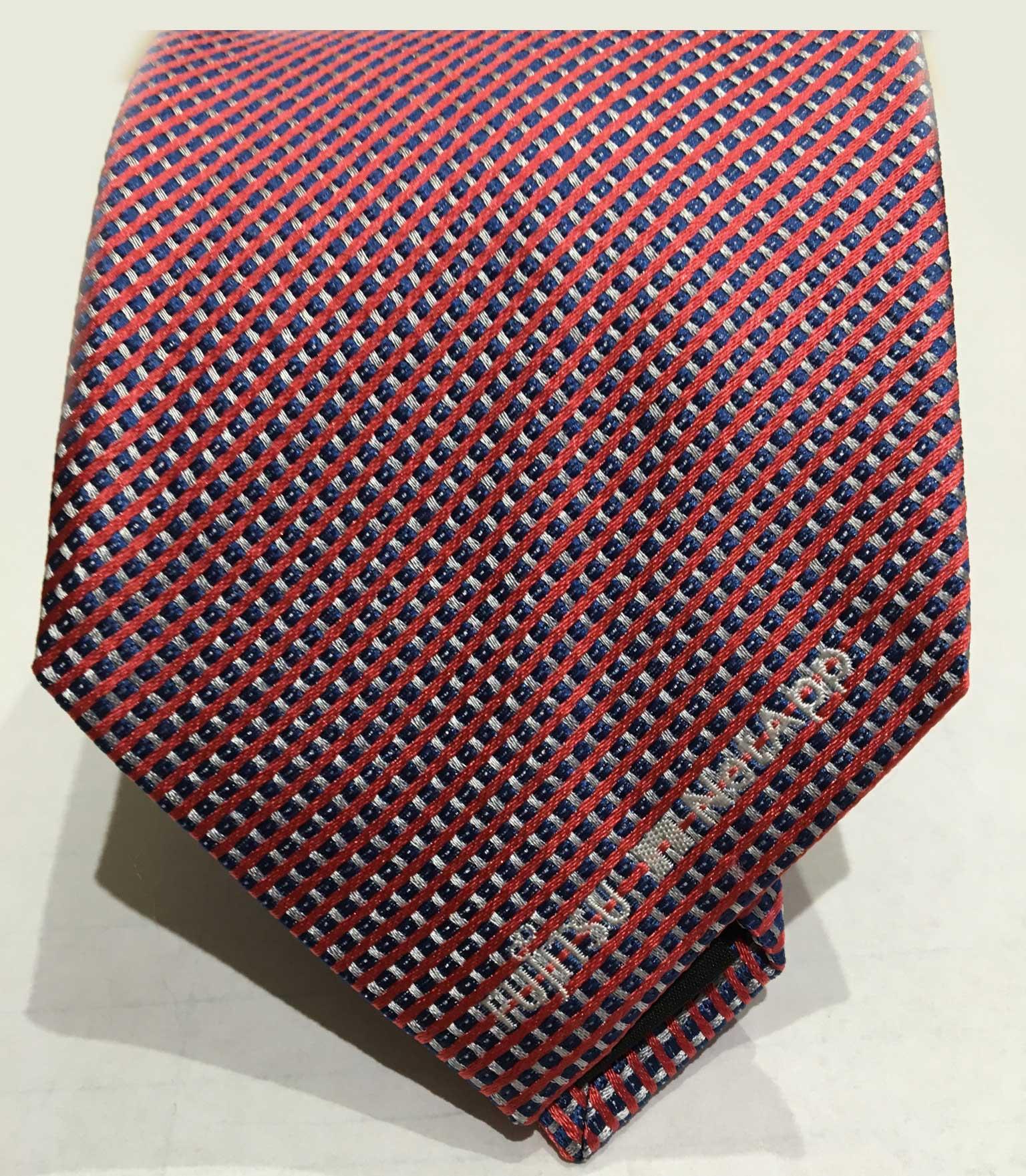 Fujitsu Krawatte unter Vorgabe der einzelnen Farben