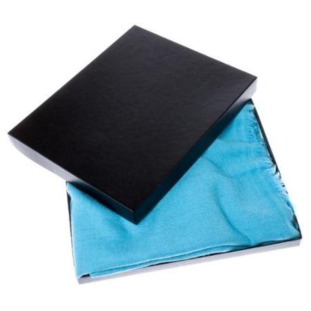 Corporate Identity Verpackung fuer Schals und Tüchern