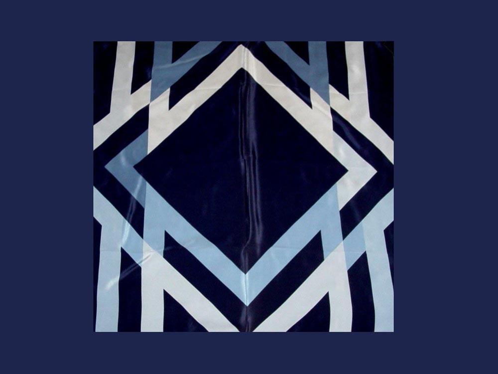 Mikrofaser-, Polyester-Seiden- Tücher und Schals im Corporate Design