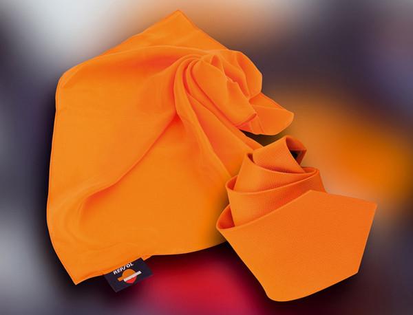 Tuecher, Schals und Krawatten aus Seide Repsol
