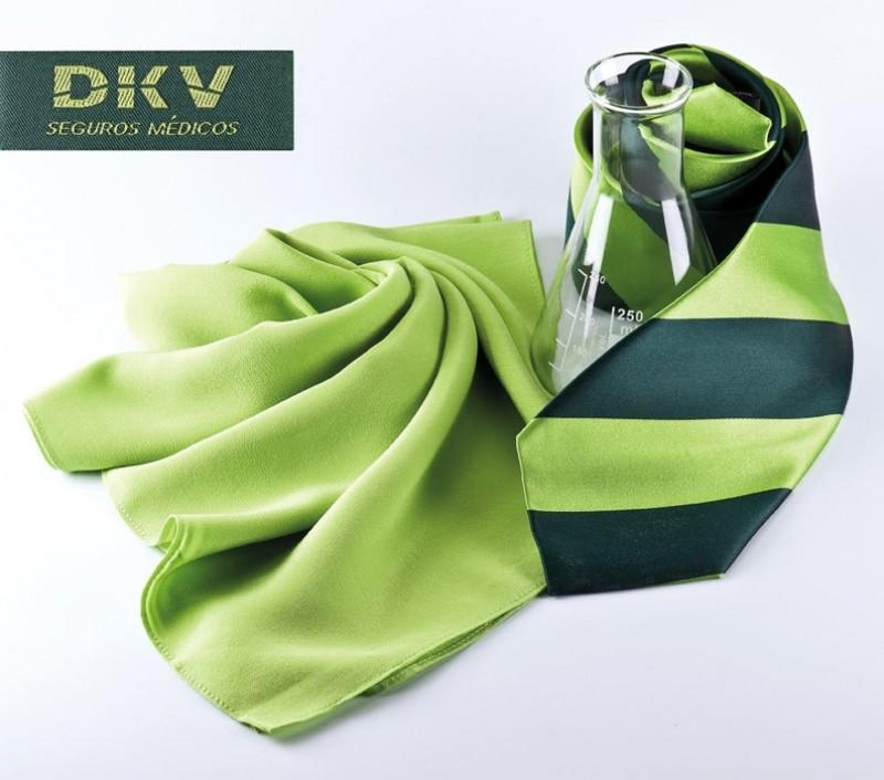DKV Versicherung, Gewebte Seidenjaquard Krawatte mit Design des Kunden und personaliestem Markenlabel