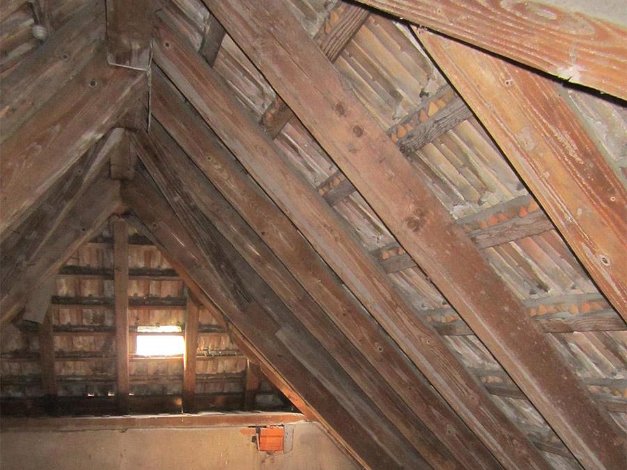 Dachgeschoss, vor Sanierung
