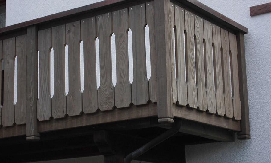 Balkon Douglasie vorvergraut