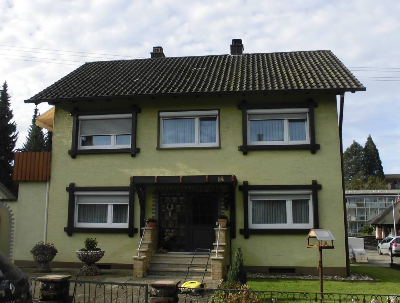 Einfamilienhaus 70er Jahre vor Sanierung in Zell a.H.