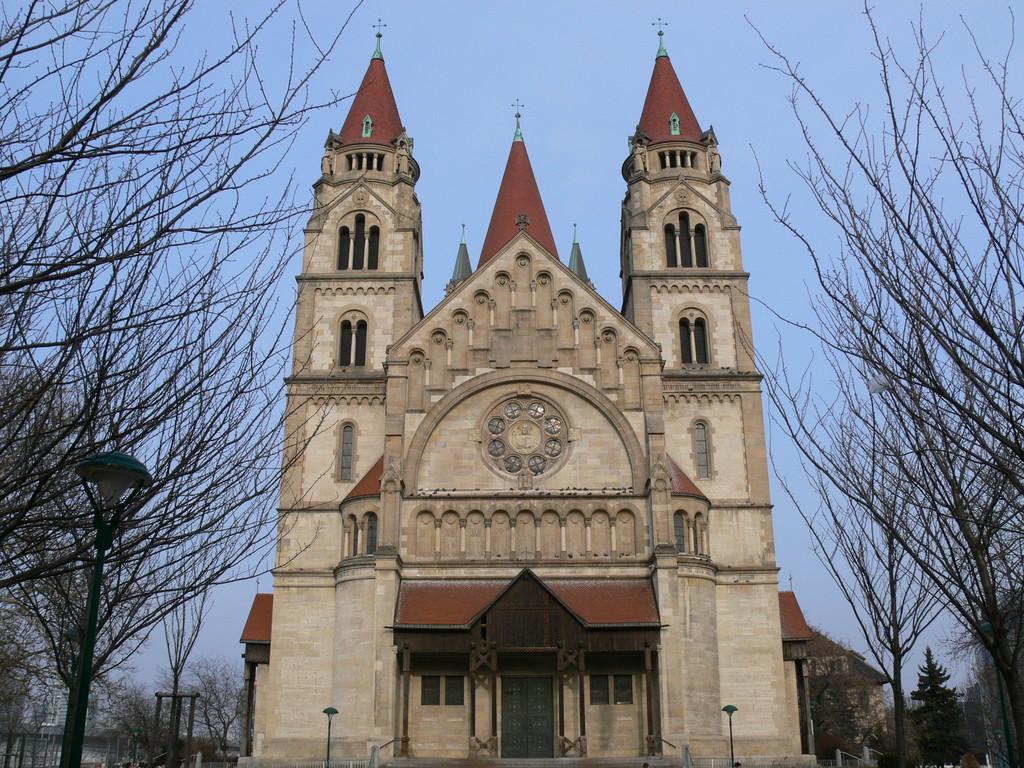 Kirche am Mexikoplatz Franz von Assisi