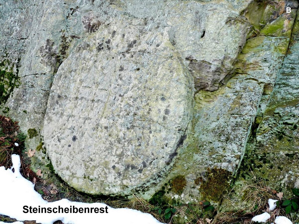 Die große Steinscheibe auf der Nordseite