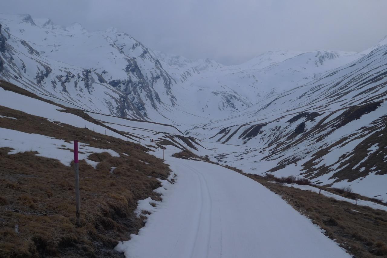Im flachen Bergalgatal unterwegs