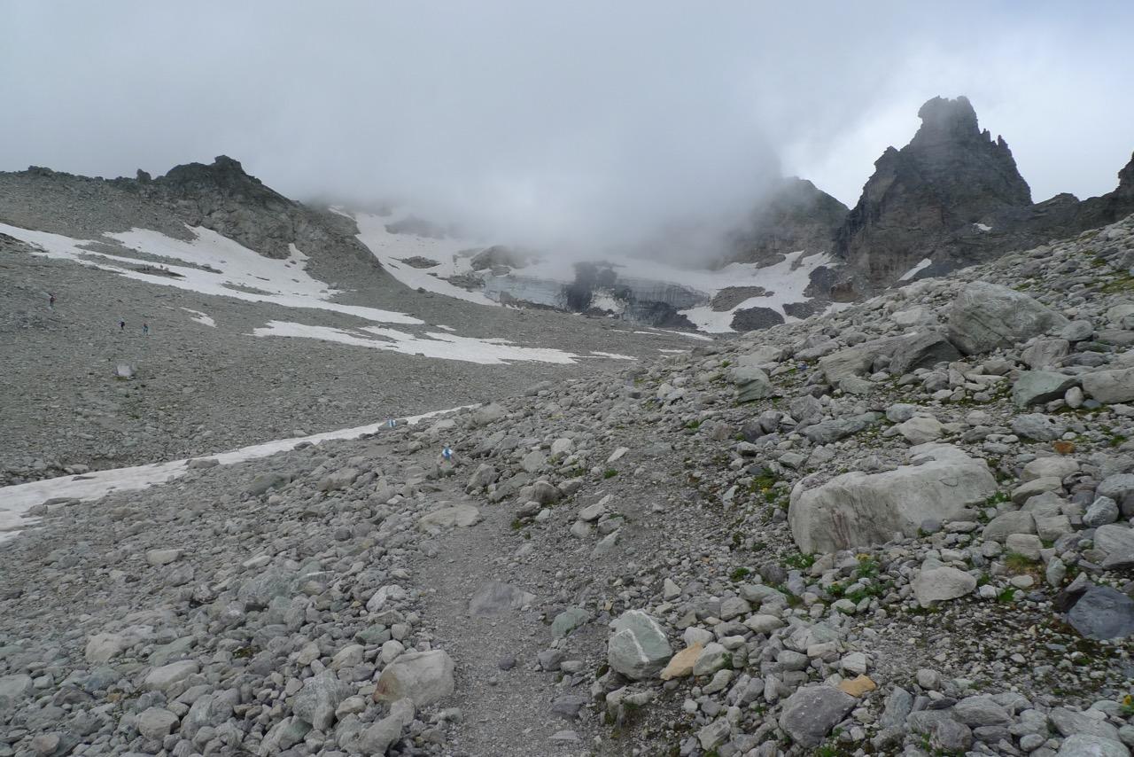 Aufstieg zum Pizolsattel auf dem neuen Alpinwanderweg