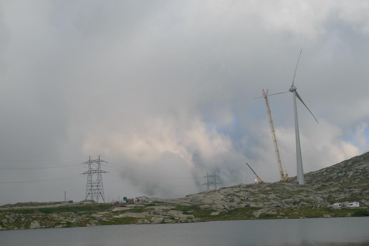 Windturbinen am Gotthardpass
