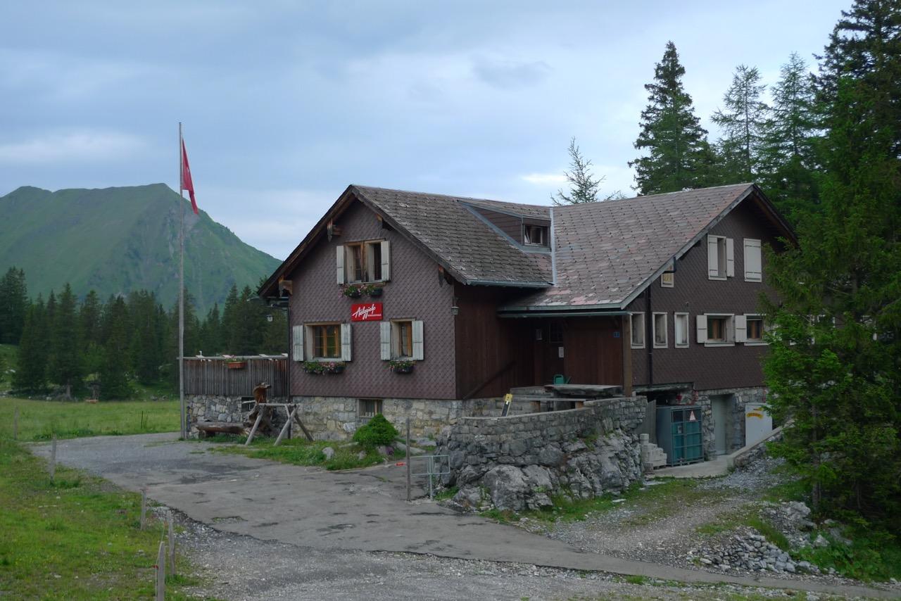 Berggasthaus Älggialp, Mittelpunkt der Schweiz!