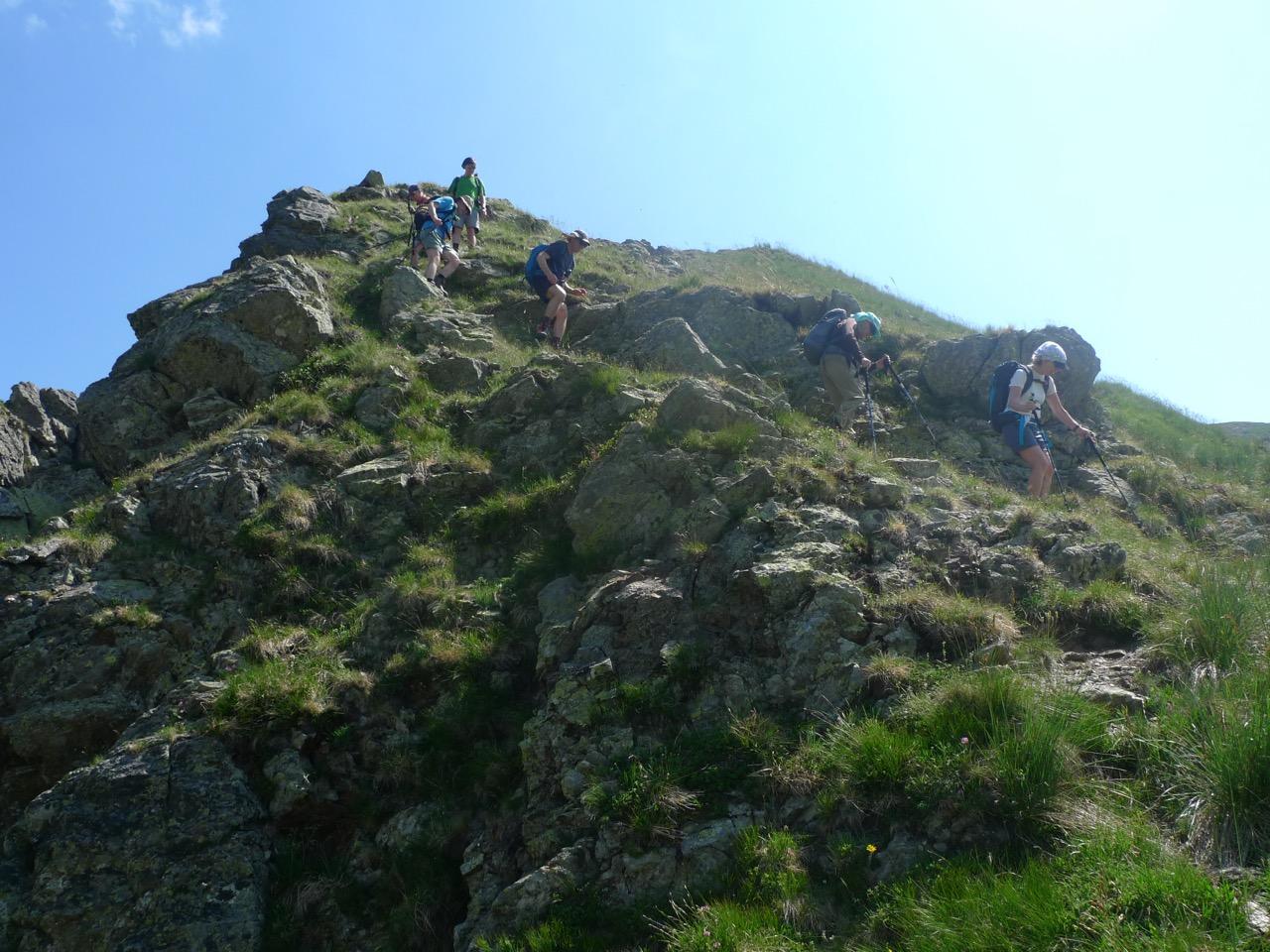 Kurze Kletterstelle am Grat