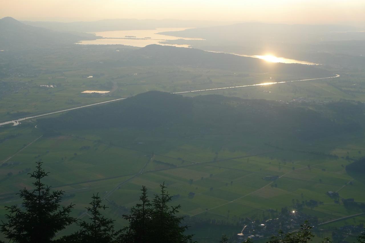 Blick von der Federihütte zum Zürichsee