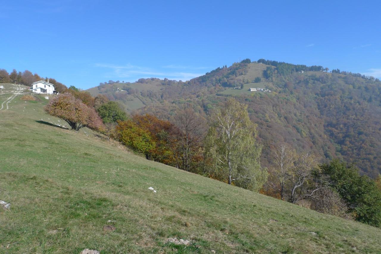 Im Aufstieg zum Monte Bisbino