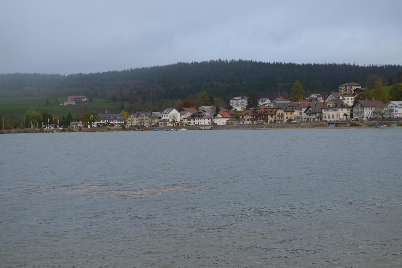 Le Pont am Ufer des Lac de Joux