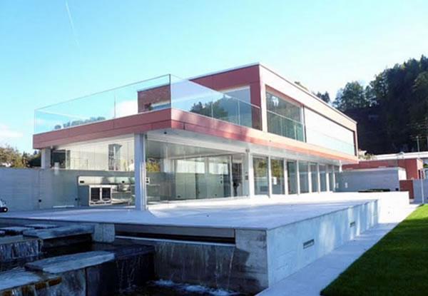 Villa am Zürichsee - Kaufpreis auf Anfrage