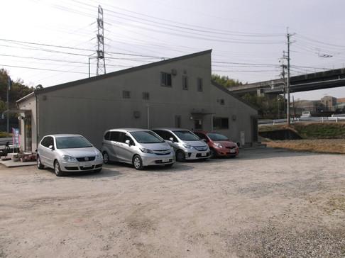 約20台駐車可能なスペースを確保
