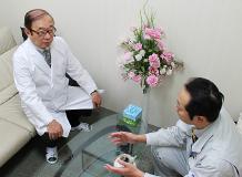 源川産婦人科クリニックさま応接室にてインタビューさせて頂きました。