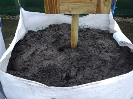 Bulk bags and loose top soil delivered - flowerpotman
