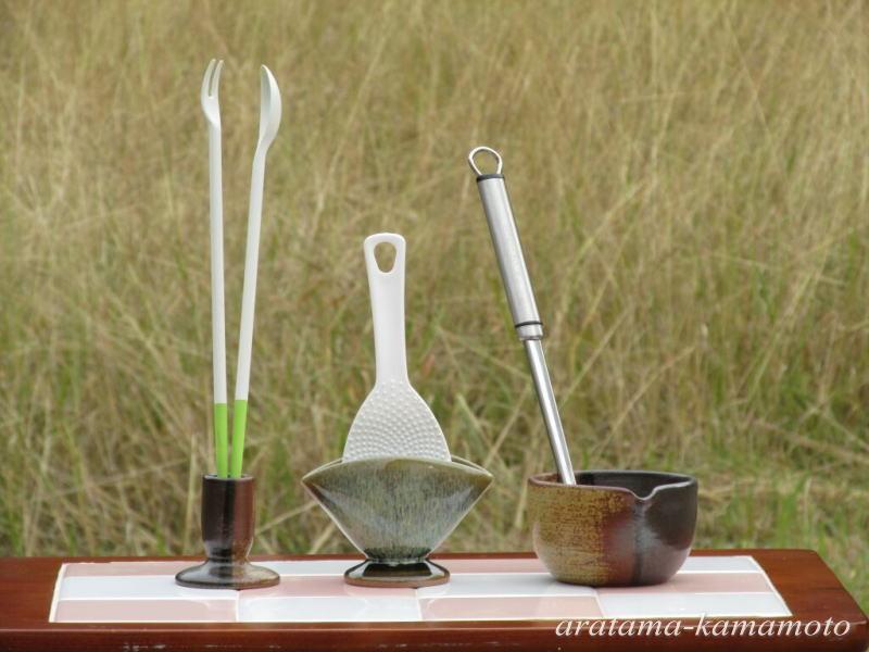 台所三種の神器。 台所で活躍する用具立て三種です。