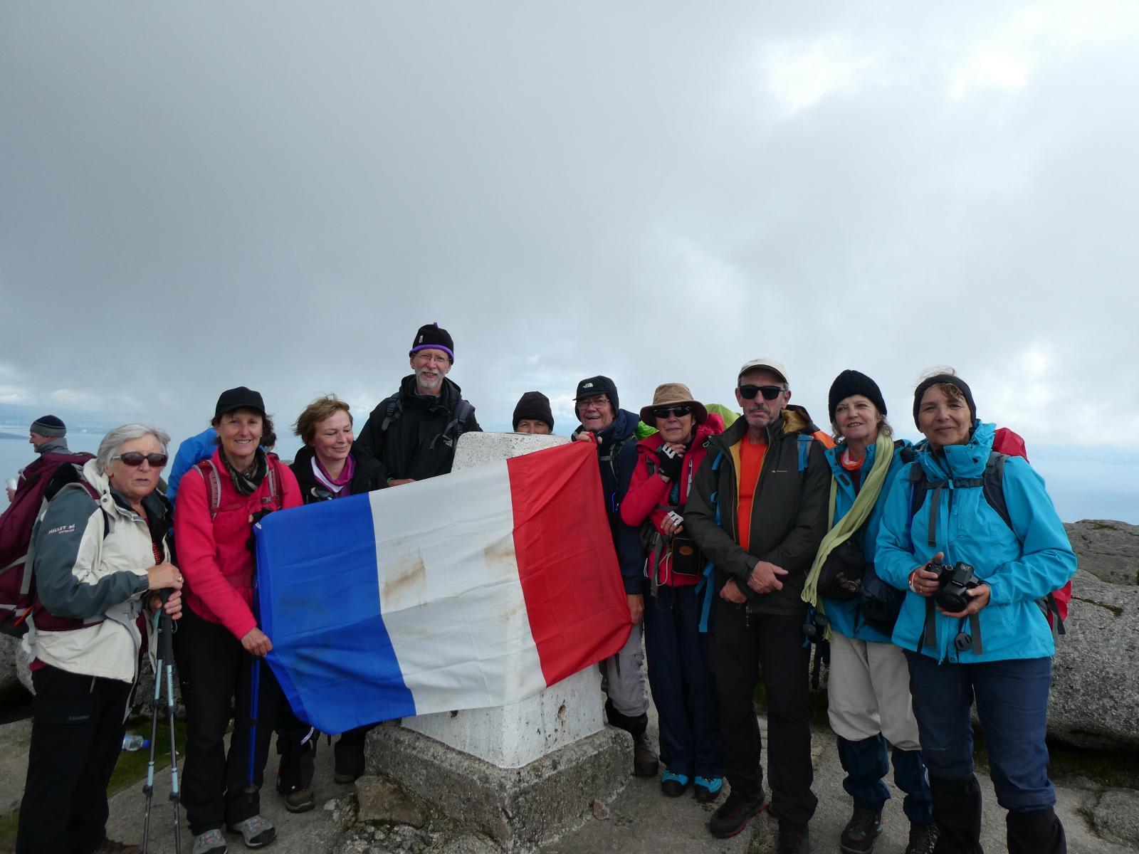 Dominique,  Patricia,  Nicole,  Michaël,  Régine,   Jean-Marie,  Nicole,  Jean-Marc ,  Christine,   Hélène