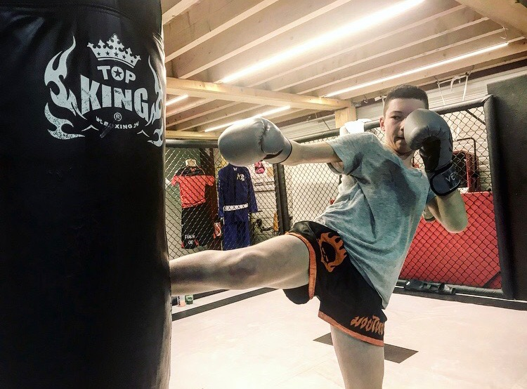 Boxe Pieds-Poings / Muay Thai / Kick-Boxing