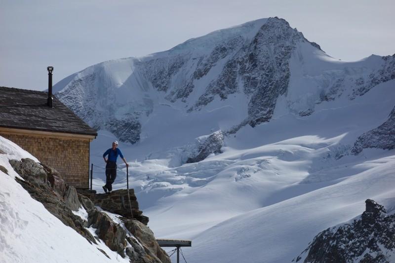 An der Finsteraarhorn Hütte.