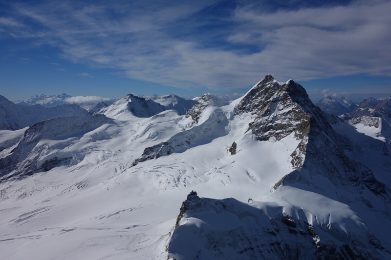 Blick vom Gipfel des Mönch.