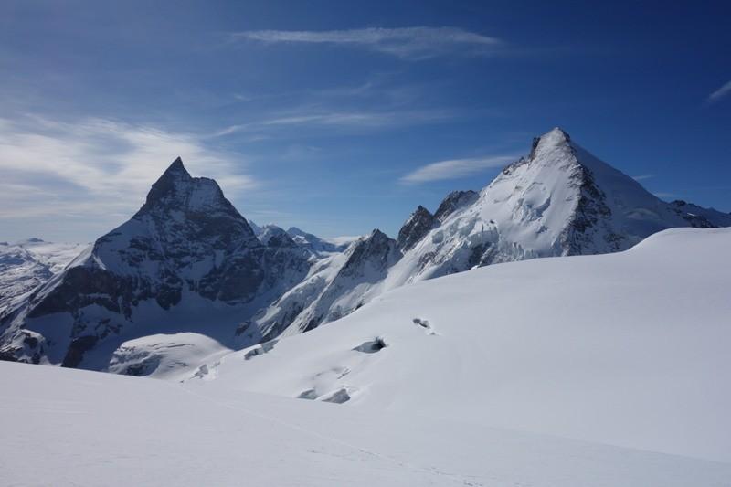 Blick zum Matterhorn und zur Dent d`Hérens.