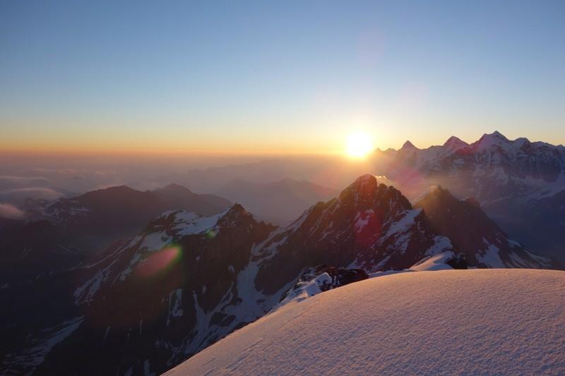 Sonnenaufgang am Morgenhorn.